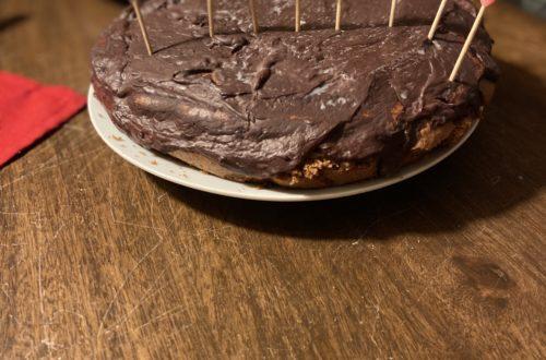 gâteau de Noël vegan chocolat marrons et fève tonka